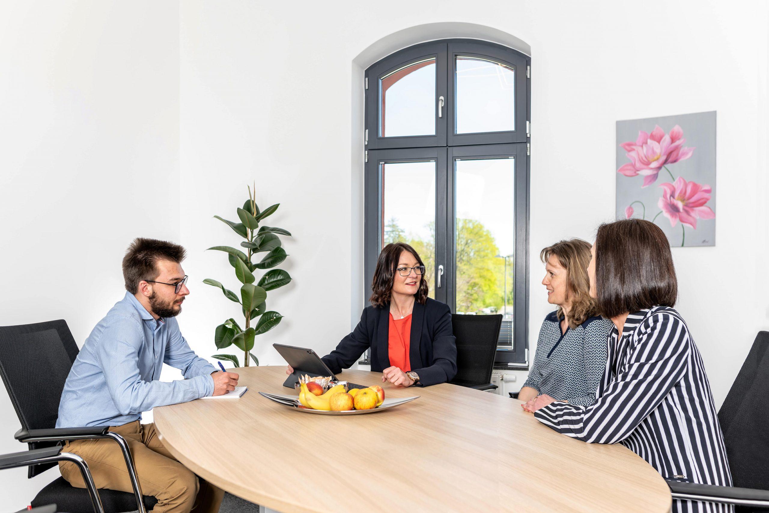 Besprechung mit Elvira Löwen - Wirtschaftsprüferin und Steuerberaterin in Windeck